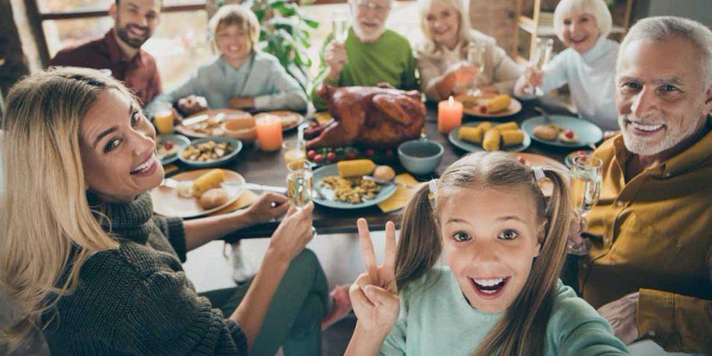 family dinner with senior loved ones